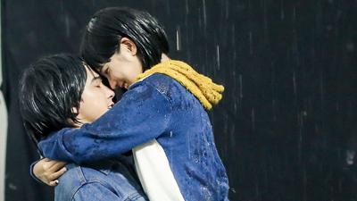 Trót vụt mất nụ hôn trong phim, Hoàng Yến Chibi quyết 'tấn công' Tiến Vũ ngoài đời