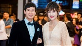 Vợ chồng Lý Hải - Minh Hà tình tứ trên thảm đỏ họp báo phim Lật Mặt 3