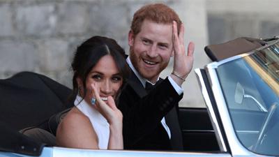 Tân công nương Meghan Markle đeo nhẫn cưới của mẹ chồng