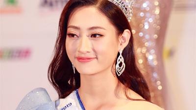 Không chỉ xinh đẹp, sở hữu thành tích học tập đáng nể, Hoa hậu Lương Thùy Linh còn có nét chữ ấn tượng