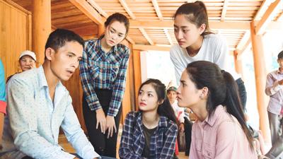 Hoa hậu Thuỳ Linh, Á hậu Kiều Loan, Tường San về Thanh Hóa hỗ trợ người dân gặp bão lũ