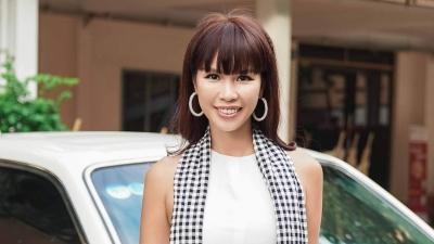 Siêu mẫu Hà Anh hé lộ về thời sinh viên làm telesale và bán quần áo theo giờ