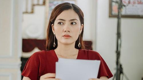 Lần đầu tiên kể từ khi xôn xao tin đồn ly hôn, Ngọc Lan 'nổi đóa' đôi co gay gắt khi có người nhắc đến Thanh Bình