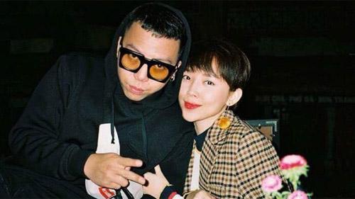 'Tám' chuyện showbiz: Một nữ ca sĩ nổi tiếng sẽ 'chốt hạ' mùa cưới 2019 của showbiz Việt bằng hôn lễ sau chuyện tình 4 năm, dân mạng lập tức gọi tên nhân vật này