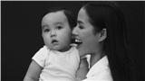 Phạm Hương công khai ảnh cận mặt con trai, có vẻ như cậu bé sở hữu đường nét của bố?