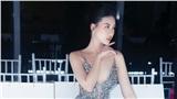 Siêu mẫu Quỳnh Hoa đi giày 1.000 USD, diện váy xẻ sâu gợi cảm dự sự kiện