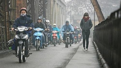 Bắc Bộ trời hửng nắng trước khi không khí lạnh về, chiều tối nay Hà Nội đón mưa giông, trời chuyển rét