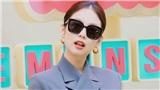 Hè nắng nóng, diện áo mát mẻ như Hoa hậu Tiểu Vy hay Jennie Black Pink thì chỉ có chuẩn!