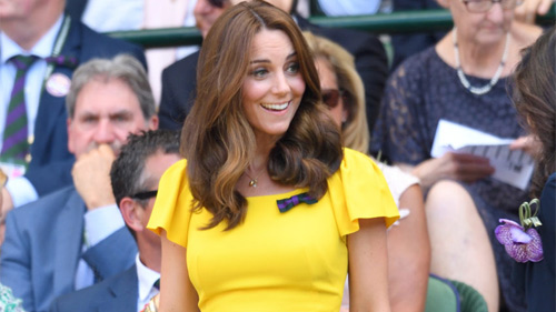 3 cách đeo túi của Công nương Kate giúp cô luôn tỏa sáng, quan trọng là nàng công sở cũng có thể áp dụng theo tức thì