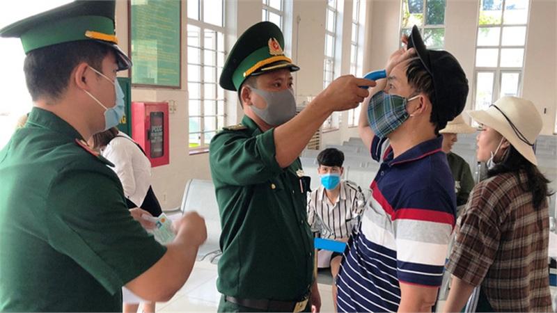 Hơn 2.600 du khách rời Lý Sơn khi Quảng Ngãi có 1 ca mắc Covid-19