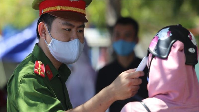 Quảng Nam thông báo khẩn tìm người đi ăn cưới tại nhà hàng cùng bệnh nhân Covid-19