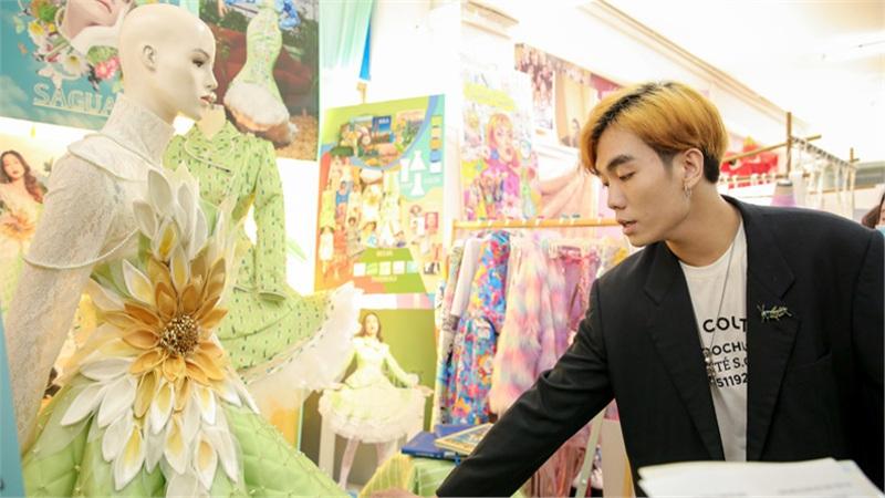 Giảng đường hóa 'shopping mall' với đồ án của sinh viên ngành Thời trang & Dệt may