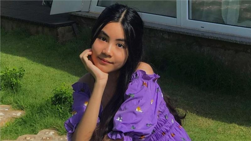 Con gái út nhà MC Quyền Linh càng lớn càng xinh xắn dễ thương không kém gì chị gái