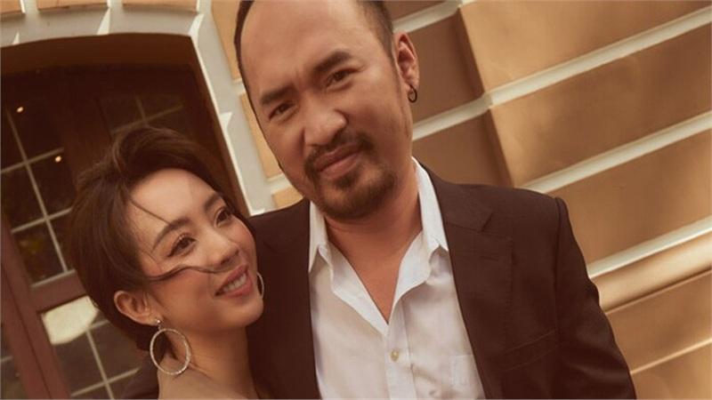 Thu Trang kể sự thật phía sau cảnh tốc váy trong 'Tiệc trăng máu', hôn nhân đời thực không như phim vì chồng có bao nhiêu tiền đưa hết cho vợ