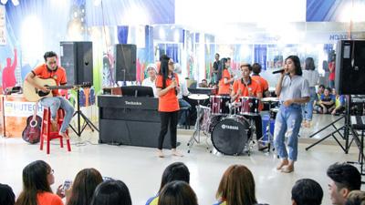 Thăm 'giảng đường' đặc biệt của sinh viên mê ca hát