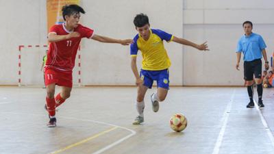 16 trường Đại học chính thức tranh tài tại 'Futsal Sinh viên HUTECH mở rộng'