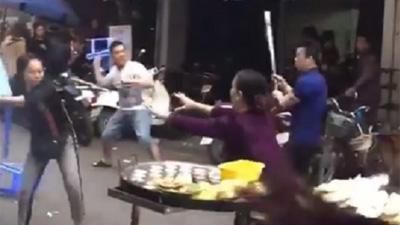 Hải Phòng: Hỗn chiến kinh hoàng tại chợ nghi tranh giành khách