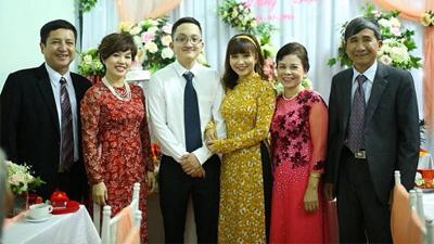 Những khoảnh khắc đẹp trong đám cưới con trai NSƯT Chí Trung