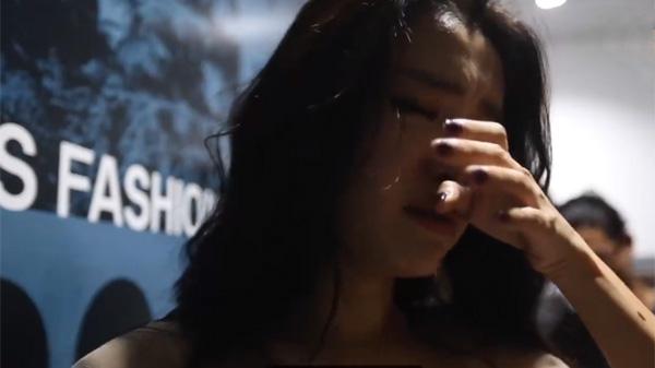 Bích Phương khóc khuyên fan đừng thức đêm cày view