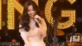 Bích Phương lần đầu hát live hit khủng Bùa Yêu