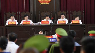 Nóng: 3 bị cáo nói lời sau cùng, tòa xét xử BS Lương tuyên bố lùi ngày tuyên án
