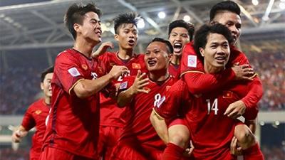 Công Phượng, Anh Đức giúp Việt Nam đặt 1 chân vào bán kết AFF Cup 2018