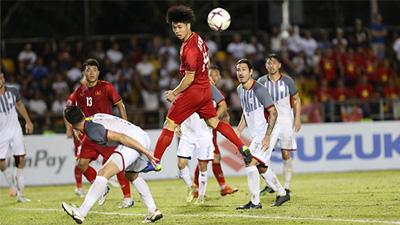 ĐT Việt Nam thắng Philippines nhờ 2 bàn thắng của Song Đức
