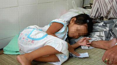 Cần Thơ: Phẫn nộ 2 anh em trai dùng vũ lực hiếp dâm cháu gái ruột suốt hai năm, mỗi lần cho 50 ngàn