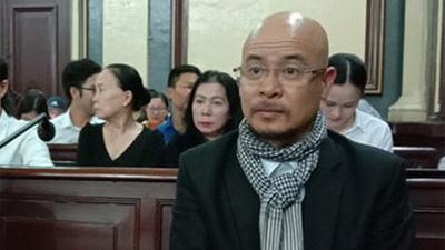 Ông Đặng Lê Nguyên Vũ: 'Qua buồn quá, phiên tòa cứ kéo dài mãi thế này...'