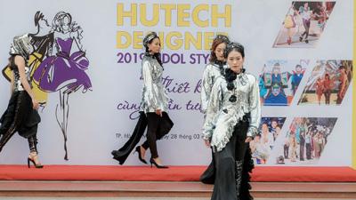 BST 'Kiêu sa' NTK Việt Hùng gây ấn tượng mạnh tại Lễ phát động HUTECH Designer 2019