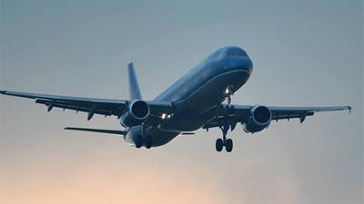 Em bé 2 tuổi hôn mê, máy bay Vietnam Airlines hạ cánh khẩn cấp sau 15 phút bay