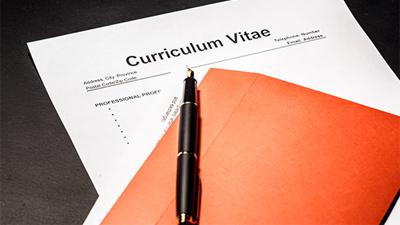 8 điều sinh viên mới tốt nghiệp cần biết khi viết CV
