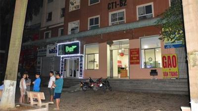 Hà Nội: Bé gái 6 tuổi rơi từ tầng 14 chung cư xuống mái tôn tầng 2 trong lúc mẹ vắng nhà
