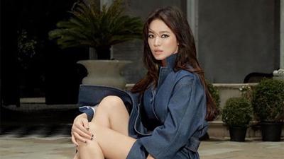 Lần đầu tiên, Song Hye Kyo xuất hiện trước công chúng tại Hàn Quốc kể từ khi ly hôn