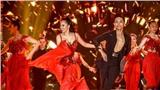 Vợ chồng Khánh Thi khiêu vũ đắm đuối trên sân khấu