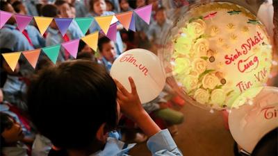 Sinh nhật cùng Tiin ở Tiểu học Pa Ủ: Xúc động nhìn những em nhỏ chia nhau đến từng chiếc kẹo cuối cùng