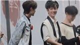 Fan phát sốt trước những cử chỉ, ánh mắt 'tình tứ' của cặp mỹ nam 'Trần Tình Lệnh' Tiêu Chiến - Vương Nhất Bác tại concert Nam Kinh