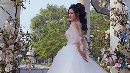 Suốt ngày bị hỏi chuyện lập gia đình, Á hậu Huyền My bất ngờ đăng ảnh mặc váy cưới cùng câu trả lời 'giờ tui đi lấy thật đây'