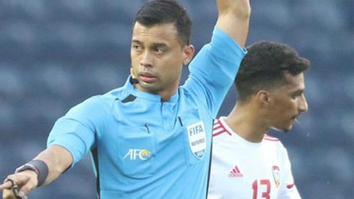 Góc lý giải: Vì sao cầu thủ U23 UAE để bóng chạm tay trong vòng cấm nhưng Việt Nam không có phạt đền?