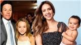 Sao Hollywood giữa mùa dịch: Vợ chồng Justin Bieber, 'thiên bần bóng tối' Jessica Alba hay tài tử 'Transformers' Mark Wahlberg cũng phải tự tạo niềm vui