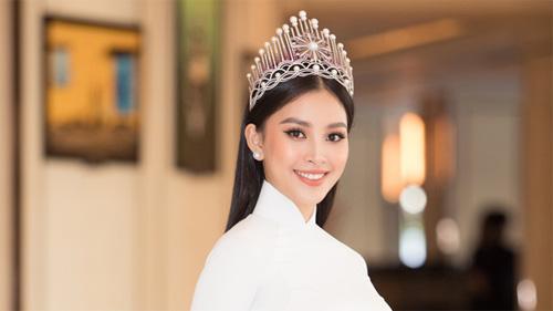 Động thái đầu tiên của Tiểu Vy khi bị chê bai đăng quang Hoa hậu 2 năm nhưng vẫn ứng xử kém