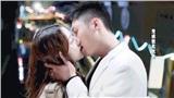 'Hạnh phúc trong tầm tay': Địch Lệ Nhiệt Ba bị chê diễn dở, hôn môi Hoàng Cảnh Du cũng không cứu nổi rating