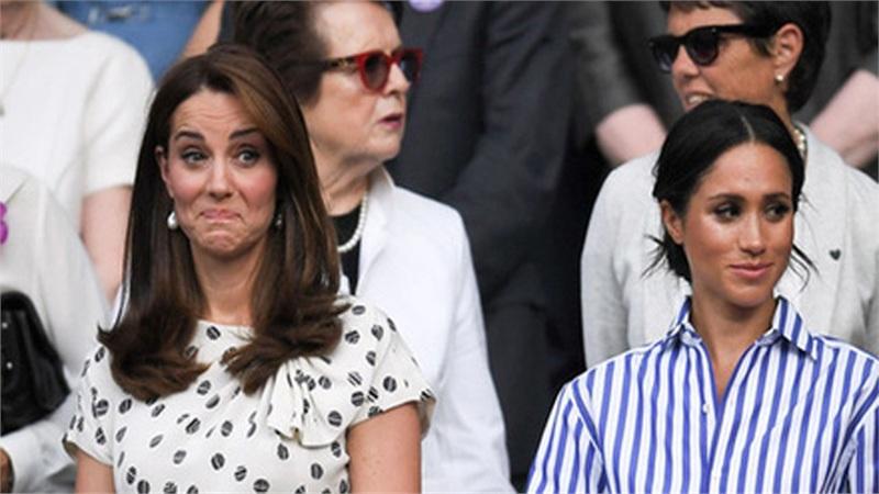 Công nương Kate và em dâu Meghan Markle chính thức 'ngoảnh mặt làm ngơ' nhau chỉ vì một bó hoa