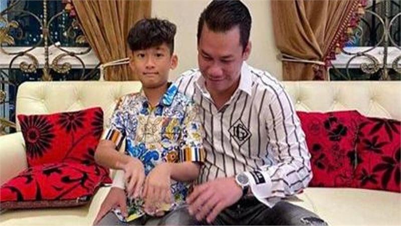 Chồng Lệ Quyên mừng sinh nhật một mình cùng con, nhạc sĩ Lê Quang 'còm lạ' dấy lên nghi vấn hôn nhân cặp đôi tan vỡ