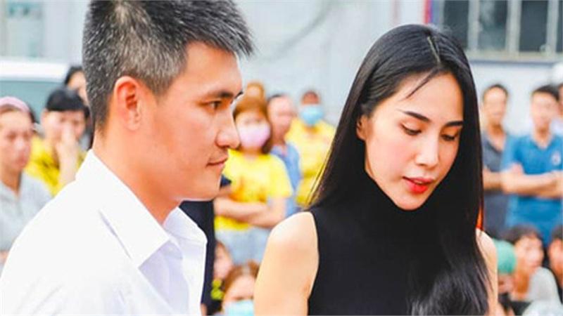 Bị chỉ trích vì khoe đồ mới mà không làm từ thiện miền Trung, Thủy Tiên đáp trả một câu khiến anti-fan 'cứng họng'