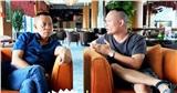 Nhà báo Lại Văn Sâm gây chú ý với khuôn mặt 'khó nịnh' khi ngồi cạnh con trai, cuộc tâm sự giữa hai người đàn ông khiến ai cũng chú ý
