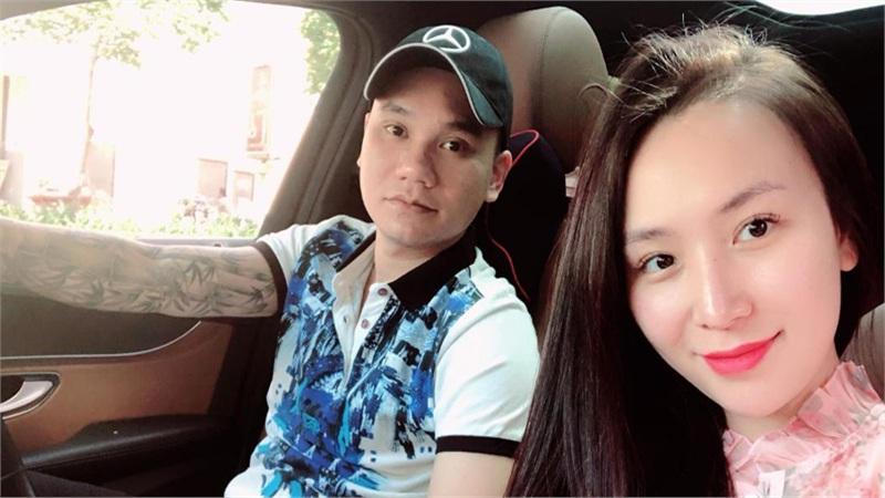 Bà xã Khắc Việt hạ sinh đôi trai gái đầu lòng, dàn sao Vbiz đồng loạt gửi lời chúc mừng