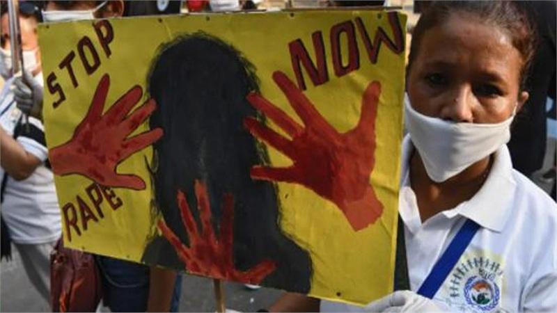 Bé gái 5 tuổi ở Ấn Độ bị cưỡng hiếp rồi ném đá đến chết để 'diệt khẩu'
