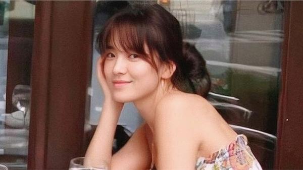 Ảnh diện váy quây để mặt mộc của Song Hye Kyo trở thành chủ đề bàn tán, netizen kết luận: Đây là lý do khiến Hyun Bin, Song Joong Ki một thời say đắm