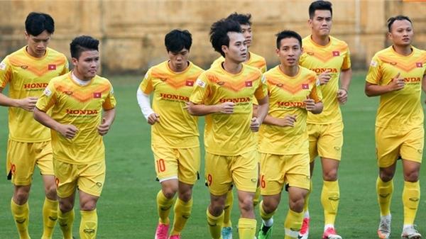 Quang Hải gặp vấn đề, bỏ dở buổi tập cùng tuyển Việt Nam